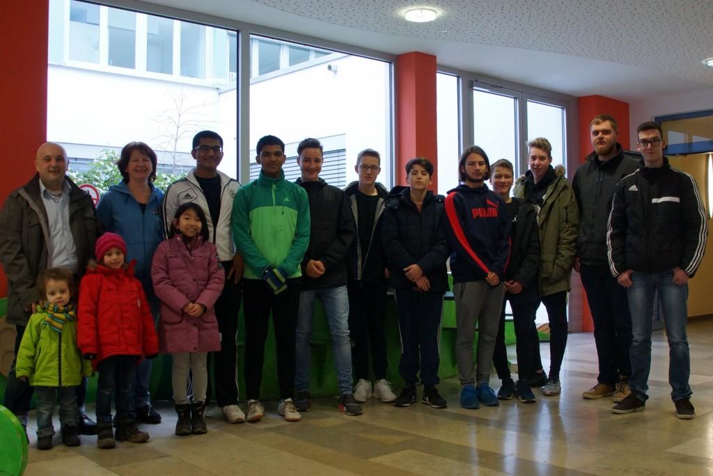 Die Freiwillige Feuerwehr Haundorf-Beutelsdorf spendete schon zum 2. Mal den Erlös Ihrer Christbaumsammelaktion, diesmal 1000 Euro