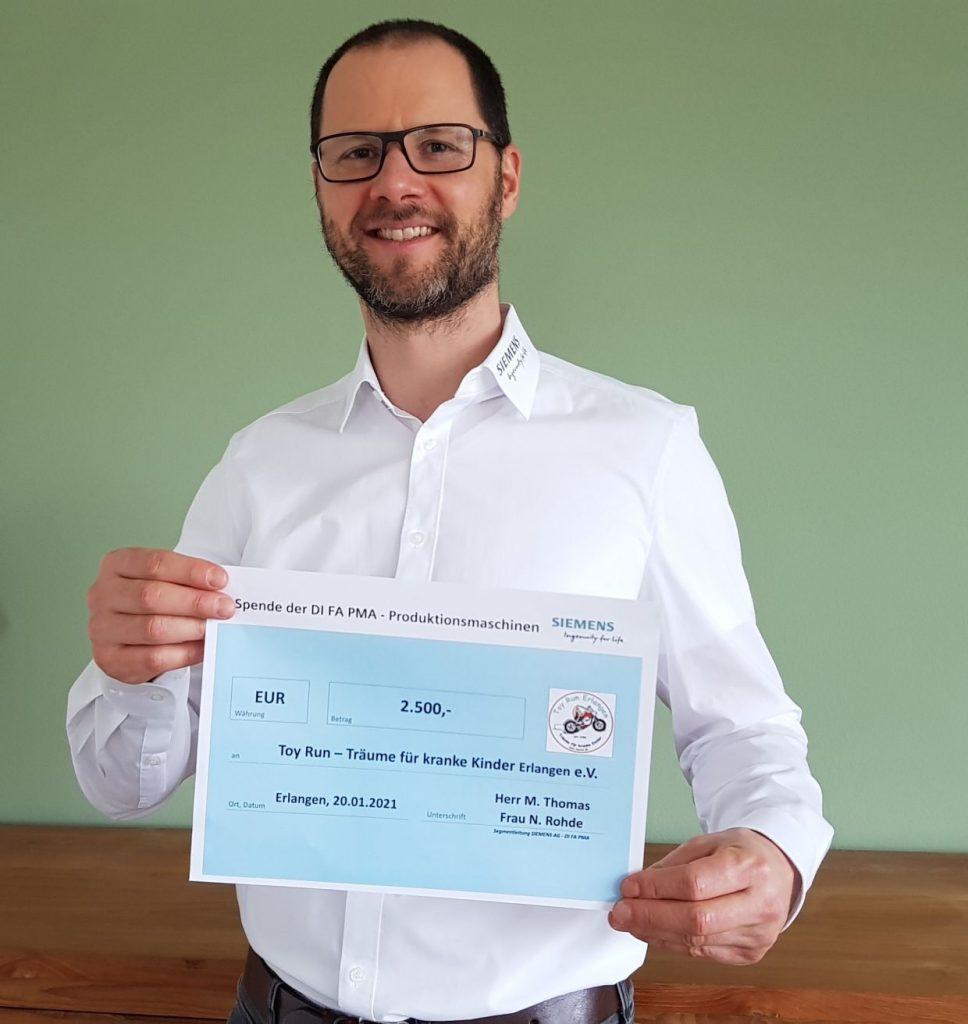"""Siemens Produktionsmaschinen spendet 2.500 € für unsere """"Active Onco Kids Erlangen"""""""